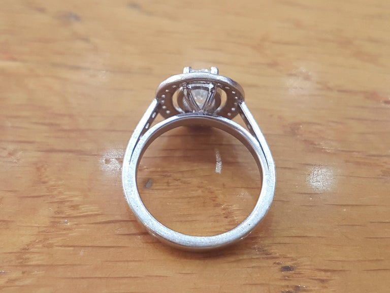 Oval Cut 1 1/2 Carat 14 Karat White Gold Oval Engagement Ring, Oval Halo Ring For Sale