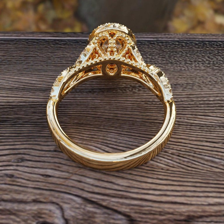 Art Deco 1 1/2 Carat 14 Karat Yellow Gold Oval Engagement Ring Set, Oval Halo Ring For Sale