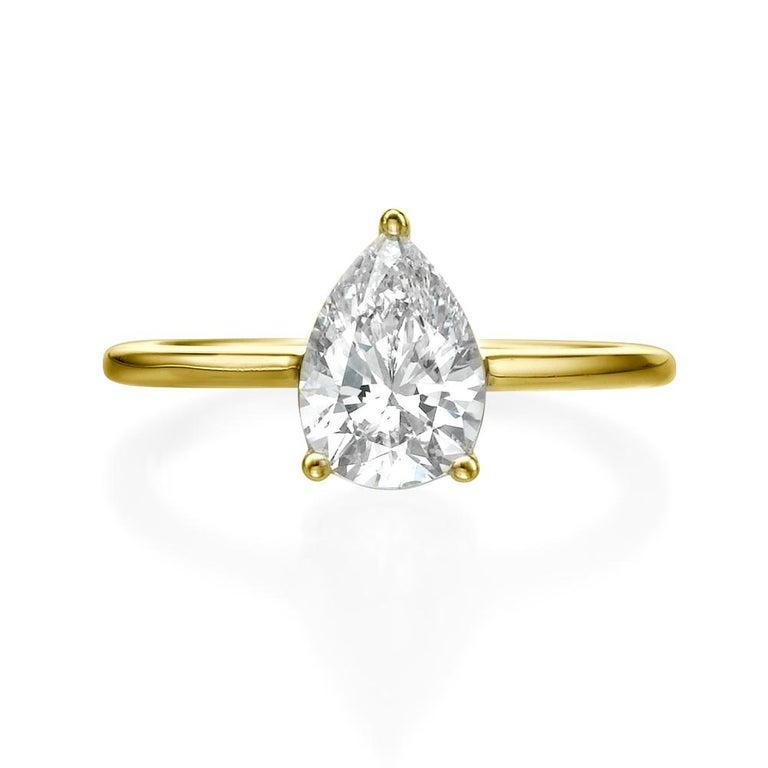 Art Deco 1 1/2 Carat Pear Shape Diamond Ring, 18 Karat Yellow Gold Solitaire Ring For Sale