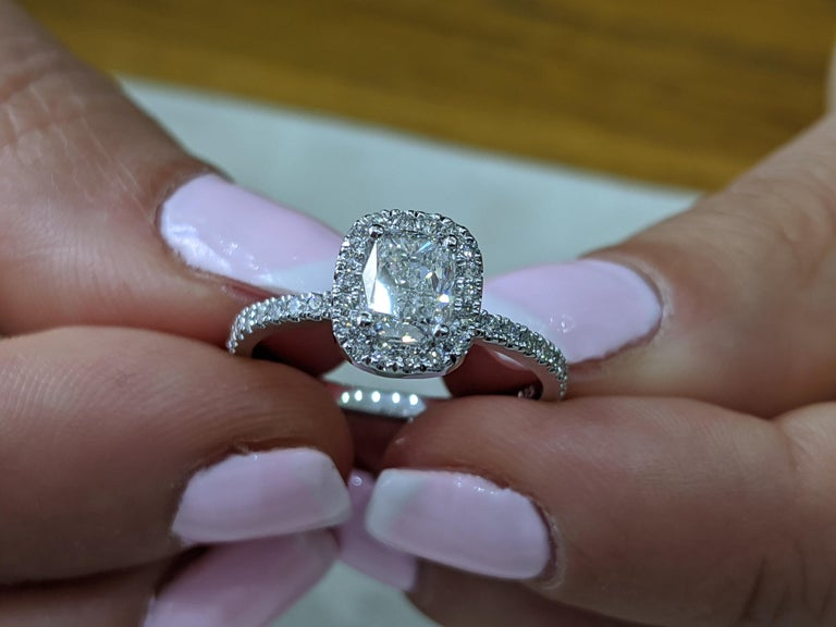 Art Deco 1 1/3 Carat 14 Karat White Gold Elongated Cushion Diamond Engagement Ring For Sale