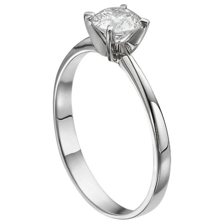 1/2 Carat Platinum Round Diamond Engagement Ring, Solitaire Diamond Ring In New Condition For Sale In New York, NY