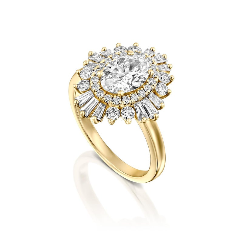 Oval Cut 1 3/4 Carat GIA Diamond Ring, Gatsby Oval Halo 18 Karat Yellow Gold Ring For Sale
