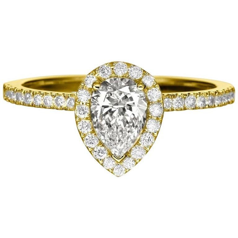 1 Carat 14 Karat Yellow Gold Pear Diamond Engagement Ring For Sale