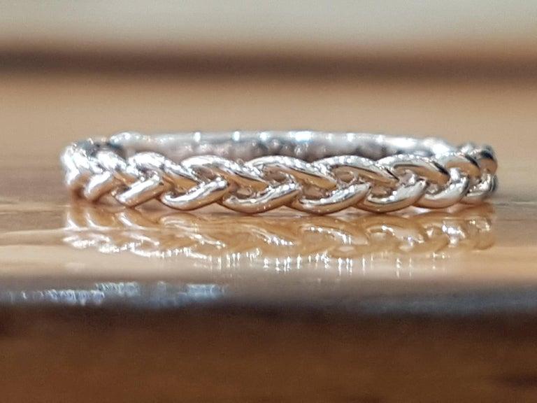 Art Deco 1 Carat 14 Karat White Gold Oval Diamond Engagement Ring Set For Sale