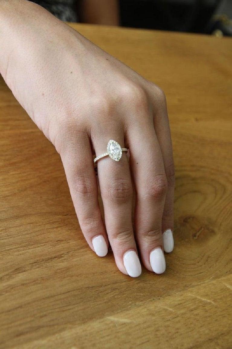 Art Deco 1 Carat 14 Karat Yellow Gold Marquise Diamond Engagement Ring For Sale