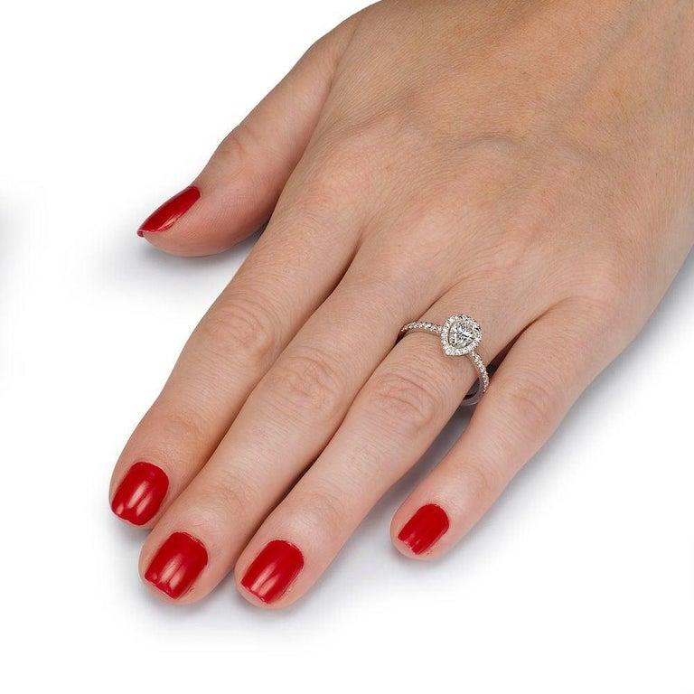 Art Deco 1 Carat 14 Karat Yellow Gold Pear Diamond Engagement Ring For Sale