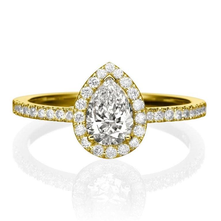 Pear Cut 1 Carat 14 Karat Yellow Gold Pear Diamond Engagement Ring For Sale