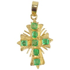1 Carat Columbian Emerald Cross