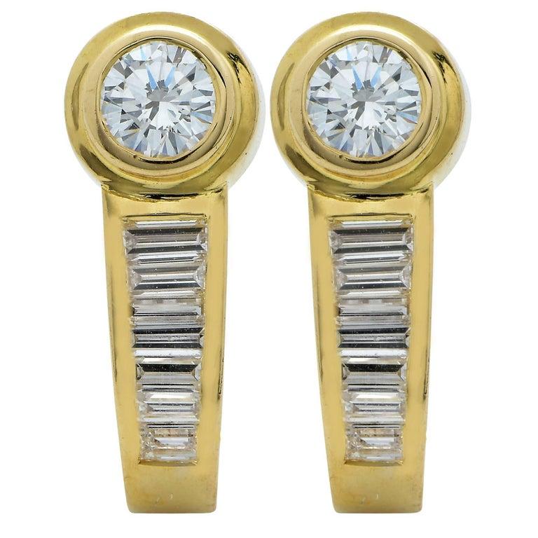 1 Carat Diamond 18 Karat Yellow Gold Huggie Earrings