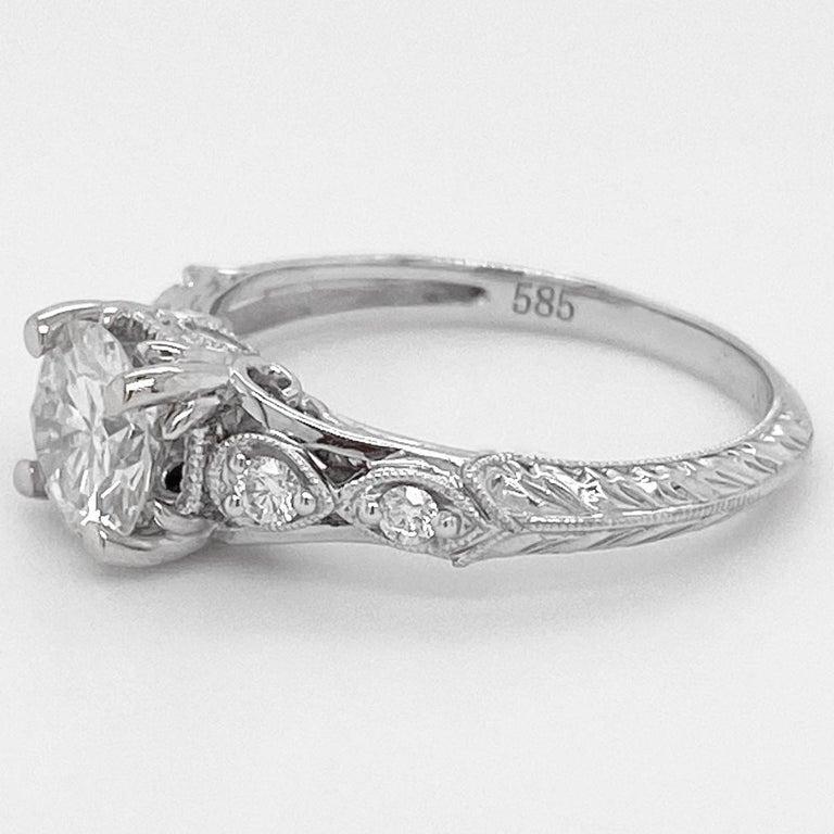 Modern 1 Carat Diamond Engagement Ring, White Gold, Round, Vintage, Detailed For Sale