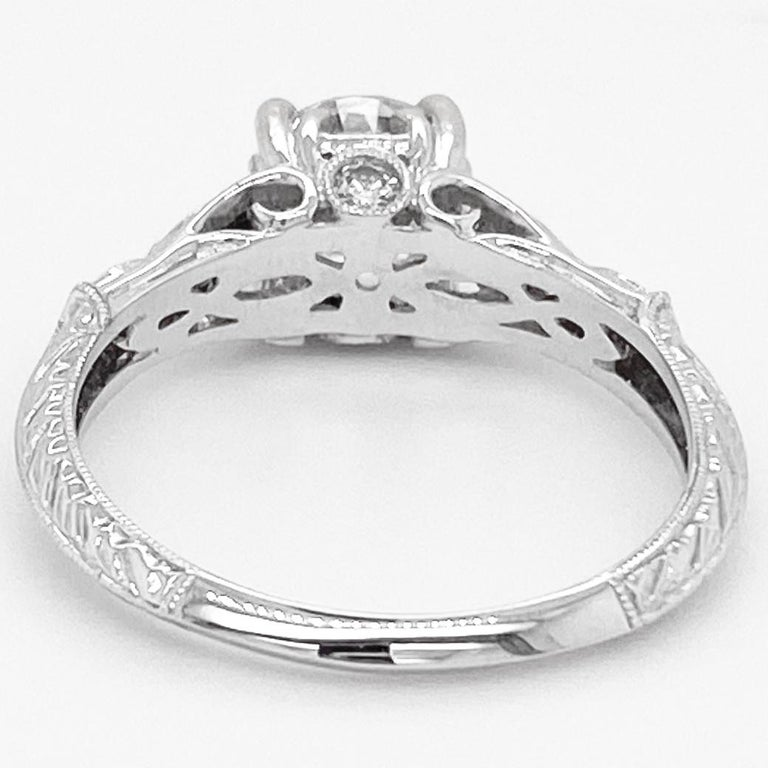 1 Carat Diamond Engagement Ring, White Gold, Round, Vintage, Detailed In New Condition For Sale In Austin, TX