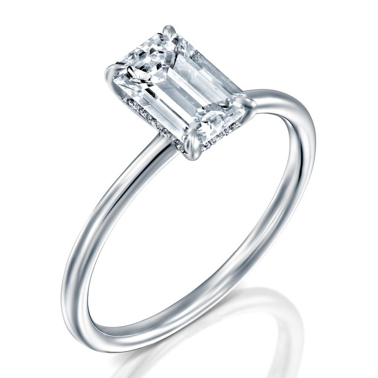 1 Carat GIA Diamond Ring, Solitaire Emerald Cut 18 Karat White Gold Ring In New Condition For Sale In New York, NY