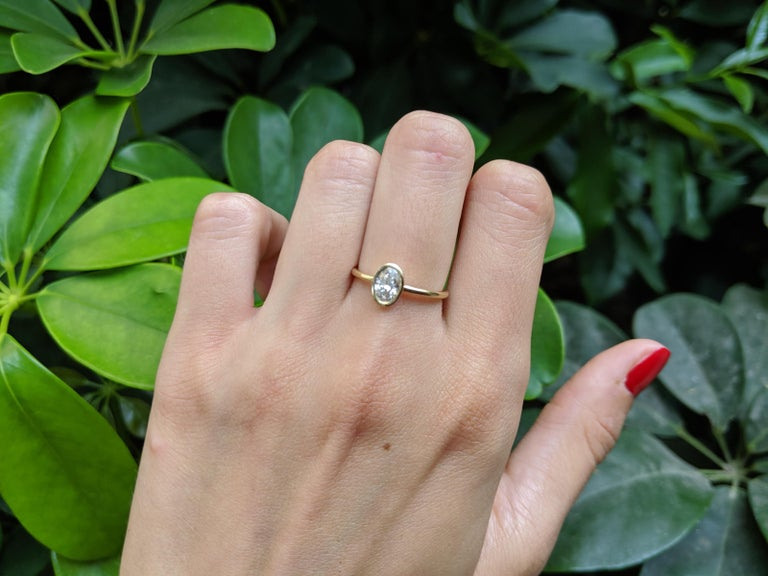 Oval Cut 1 Carat GIA Diamond Engagement Ring, Solitaire Oval Bezel 18 Karat Gold Ring For Sale
