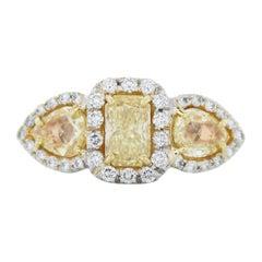 1 Carat Radiant Cut Fancy Light Yellow Diamond Ring in Platinum