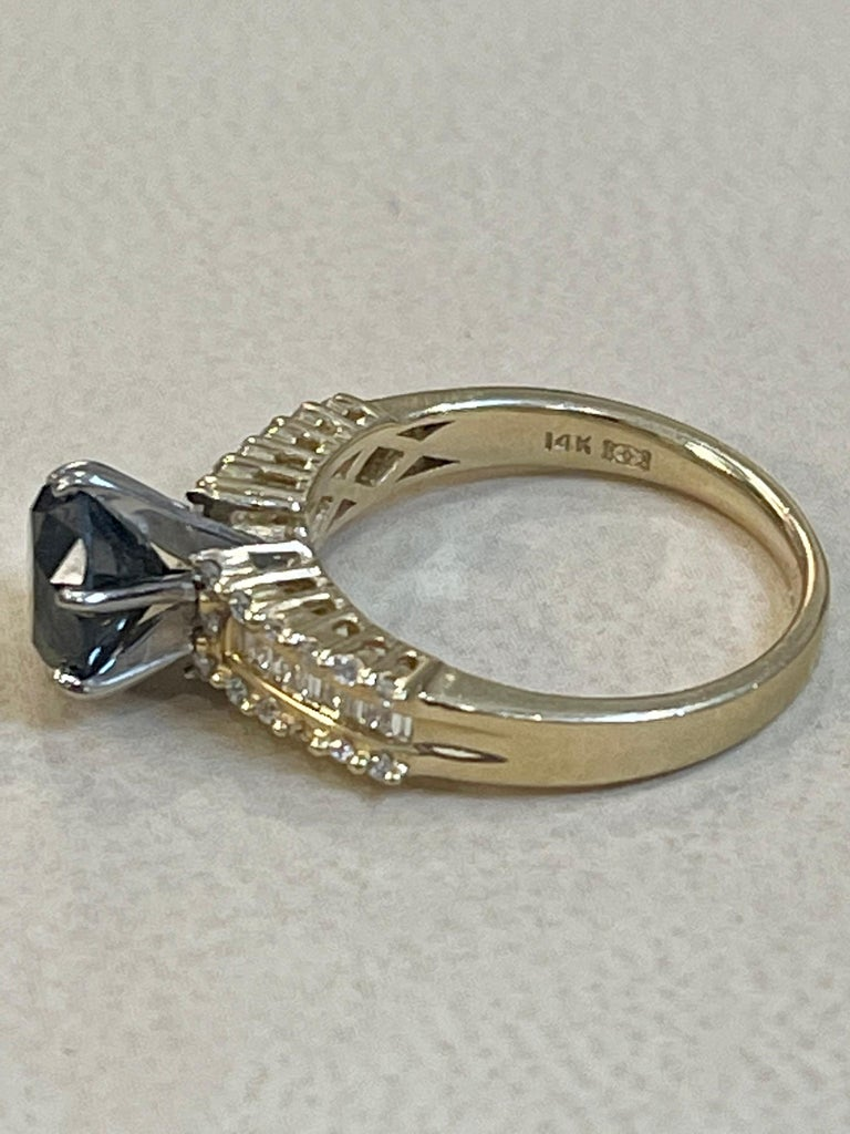 Round Cut 1 Carat Solitaire Black Diamond Traditional Ring/Band 14 Karat Yellow Gold For Sale