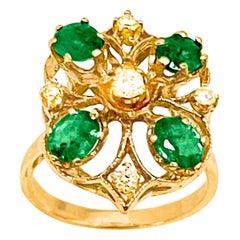 1 Ct Natural Emerald, Oval Stone and Diamond Ring 14 Karat Yellow Gold