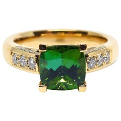1 Fine Tourmaline and Diamonds 18 Carat Rose Gold Ring