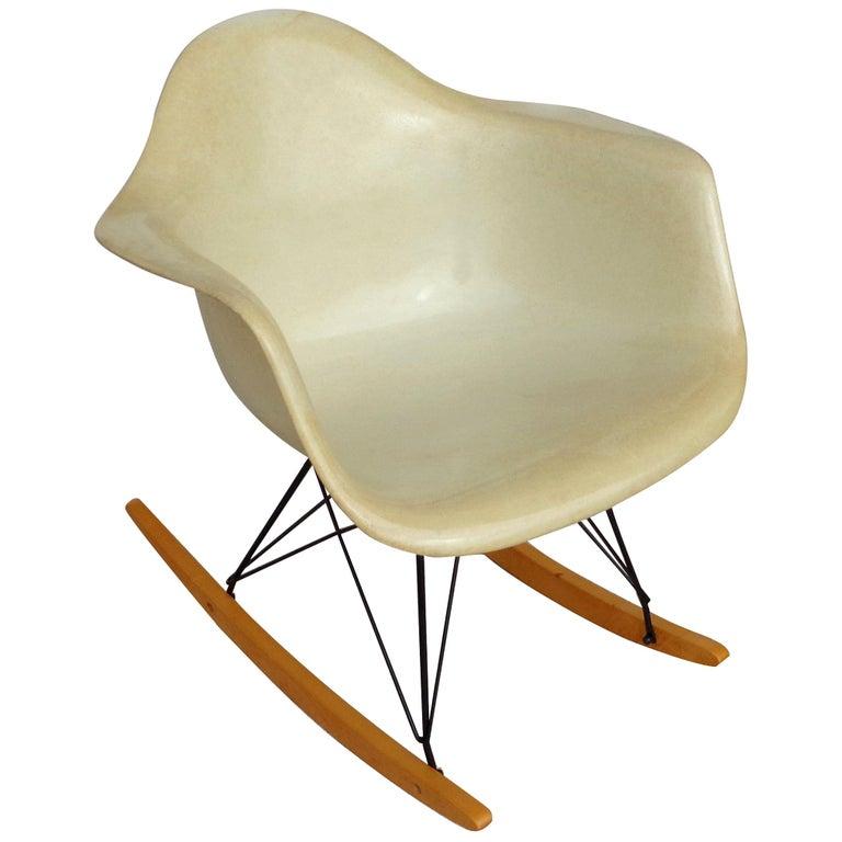 1 Herman Miller Parchment Shell Fiberglass RAR Rocker by Eames For Sale
