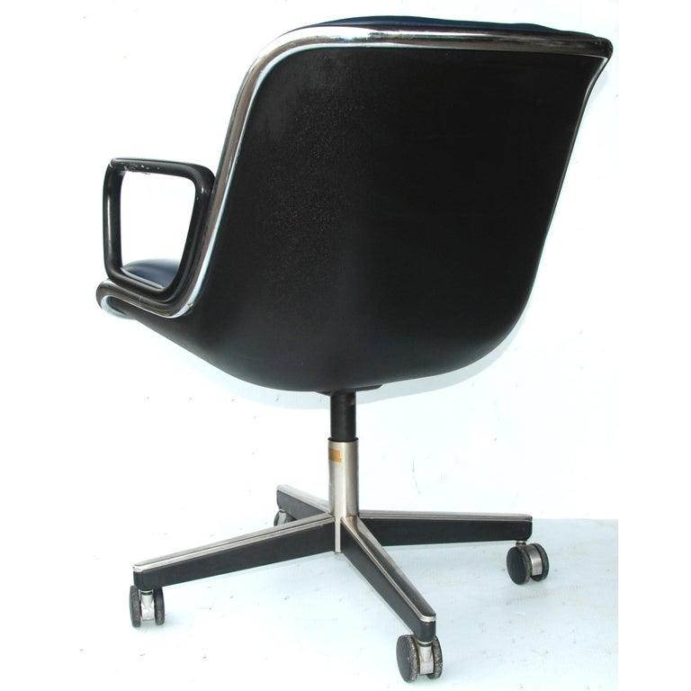 Mid-Century Modern 1 Navy Blue Knoll Pollock Chair 8 Available For Sale