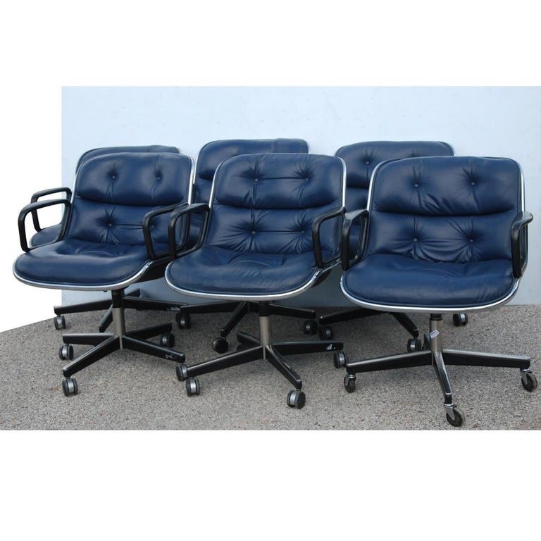 1 Navy Blue Knoll Pollock Chair 8 Available In Good Condition For Sale In Pasadena, TX
