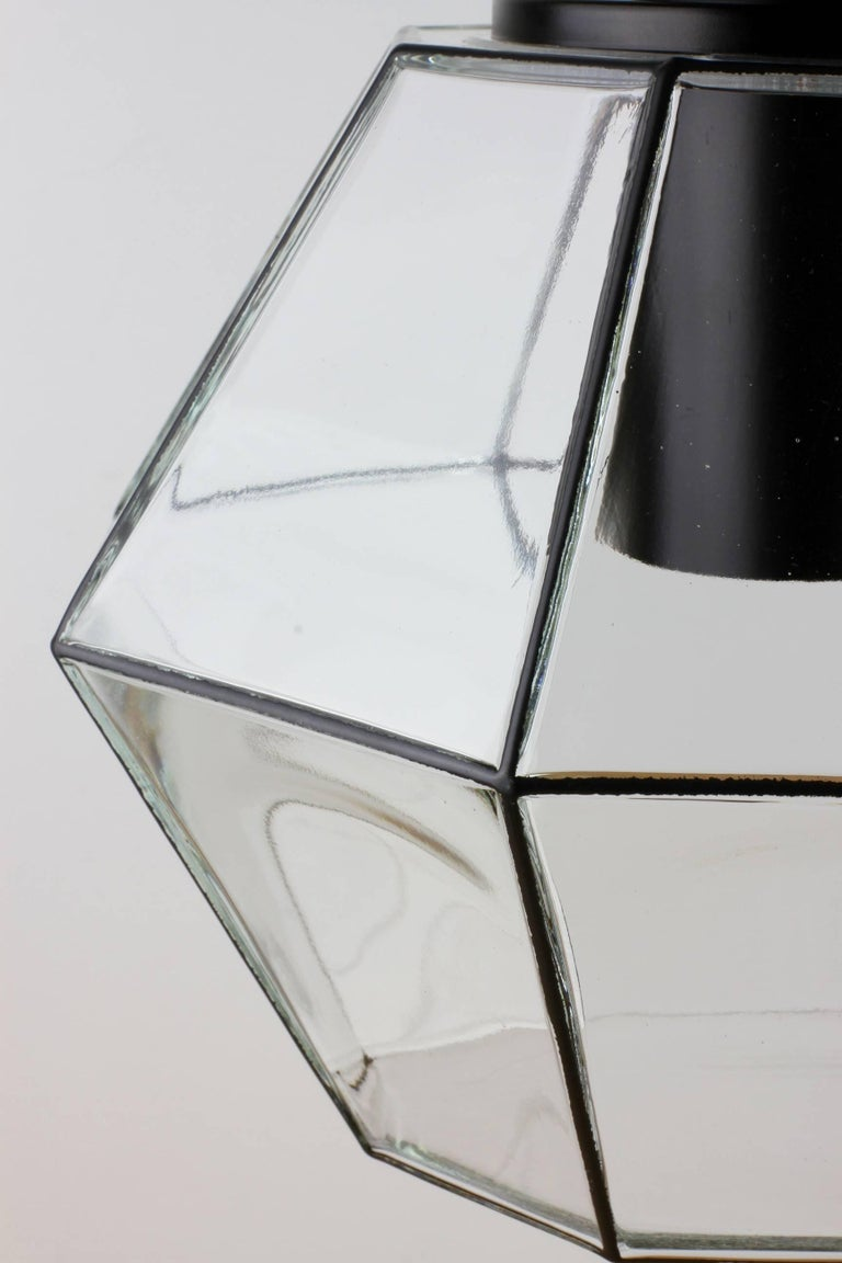 Late 20th Century 1 of 10 Minimalist Geometric Black & Clear Glass Pendant Lights by Limburg 1970s For Sale