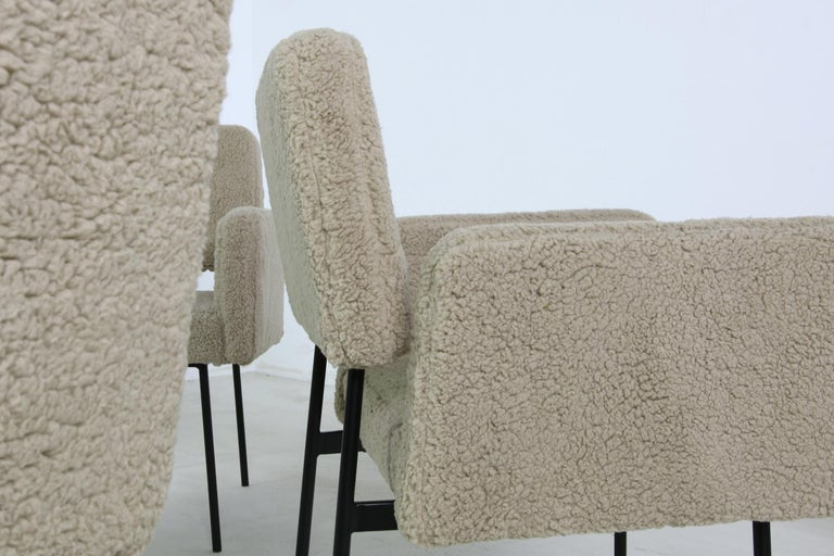 Mid-Century Modern 1 of 12 Dining Room Chairs, Armchair Nathan Lindberg Teddy Fur, Metal, Sheepskin For Sale