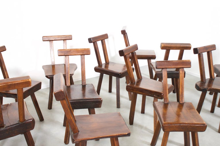 1 of 15 Sculptural Brutalist Chairs in Solid Pine by Mobichalet, 1950s In Good Condition For Sale In Echt, NL