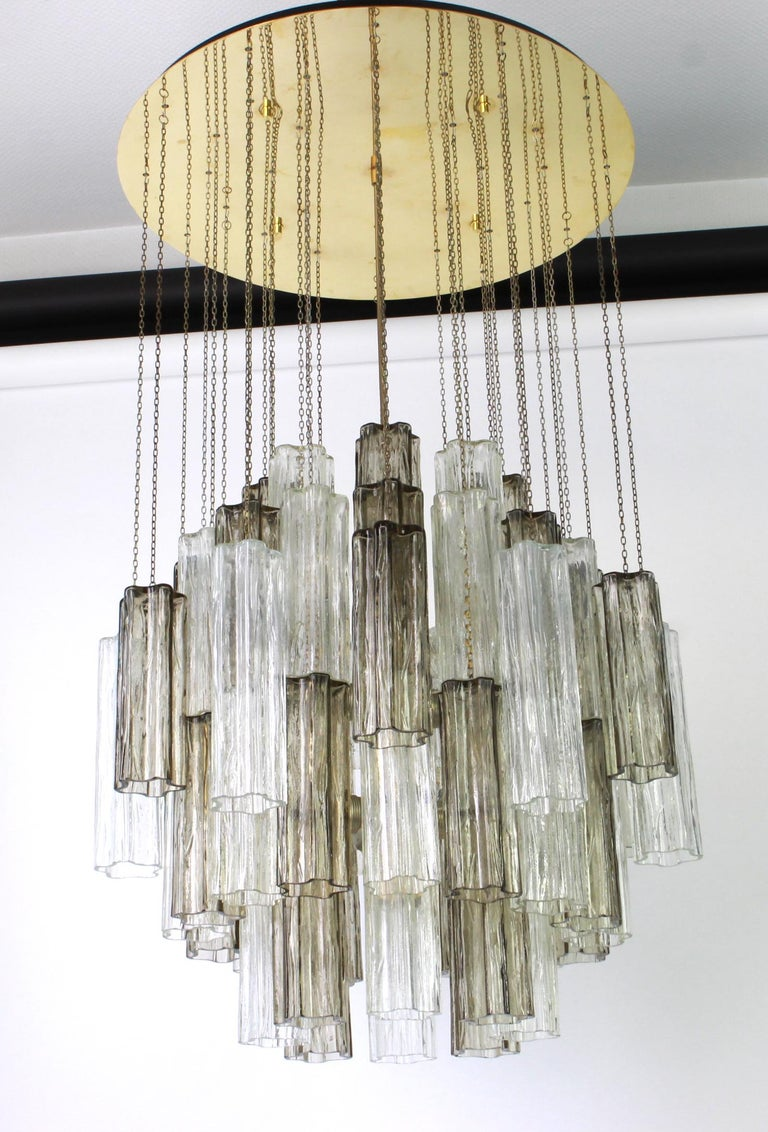 Mid-Century Modern 1 of 2 Large Murano Glass Chandelier Design Venini for Kalmar, Austria, 1960s For Sale
