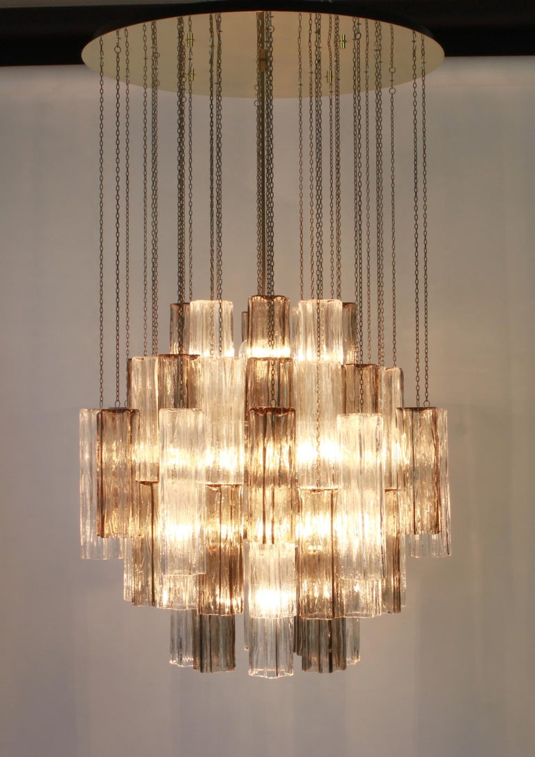 1 of 2 Large Murano Glass Chandelier Design Venini for Kalmar, Austria, 1960s For Sale 2