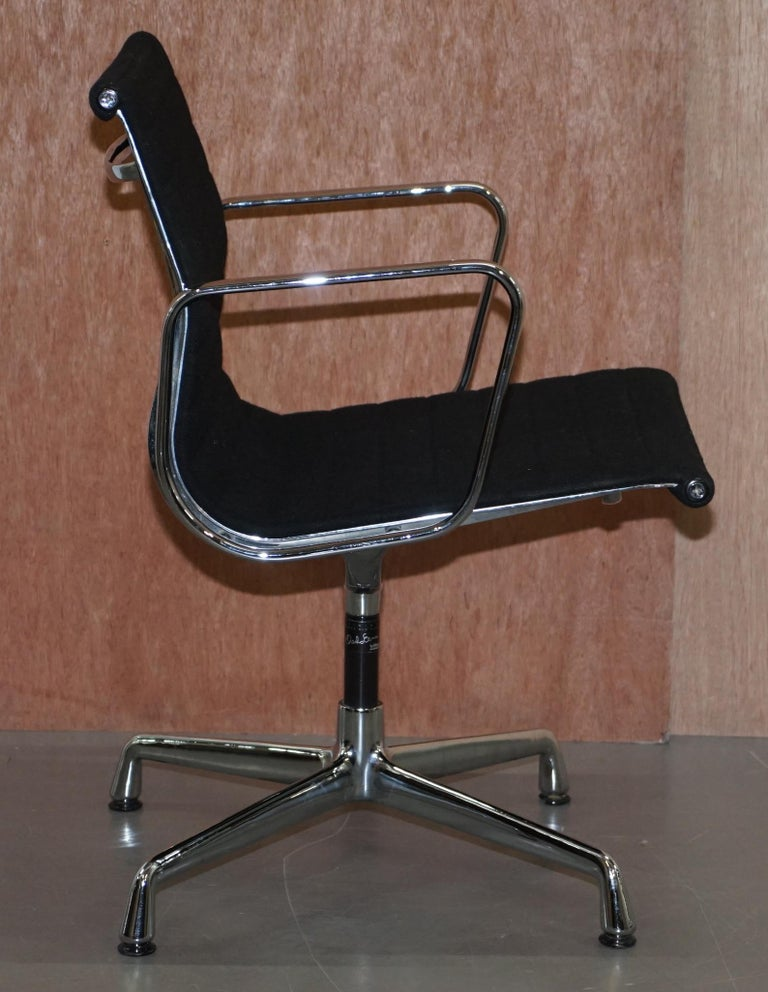 1 of 2 Original Vitra Eames EA 108 Hopsak Swivel Office Chairs For Sale 2