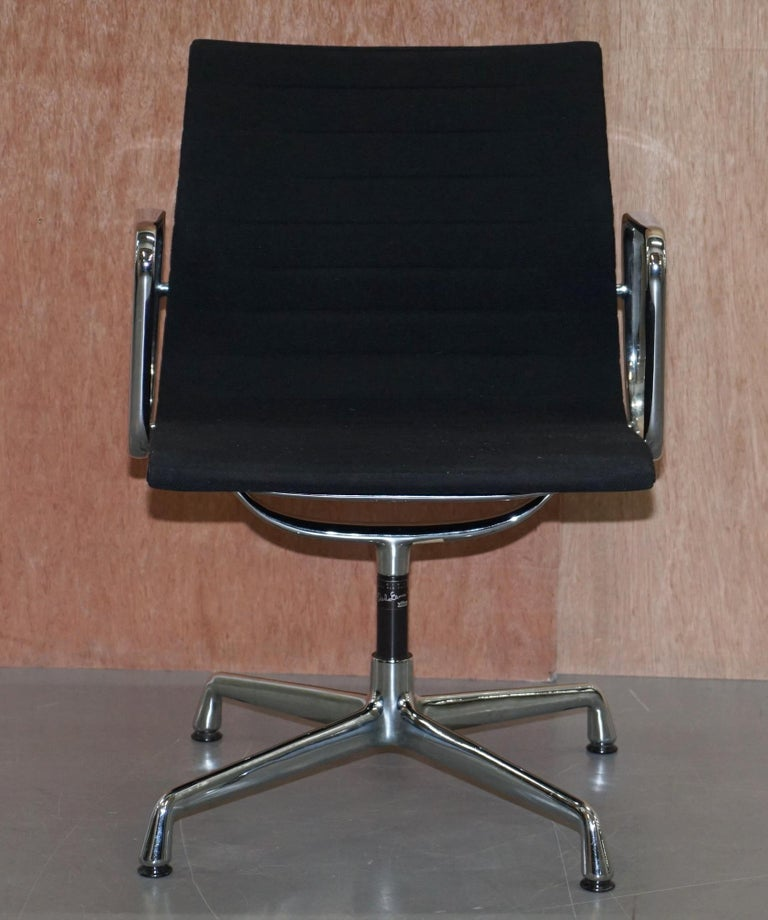 1 of 2 Original Vitra Eames EA 108 Hopsak Swivel Office Chairs For Sale 6
