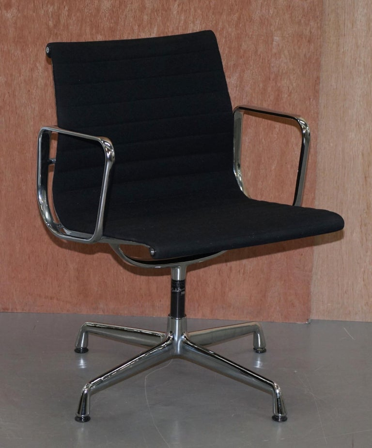 We are delighted to offer for sale one of two Vitra Eames EA 108 Hopsak office chairs RRP £1920 each