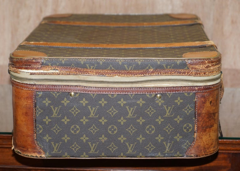 1 of 2 Vintage Brown Leather Louis Vuitton Strapped Bronze Monogram Suitcases For Sale 3