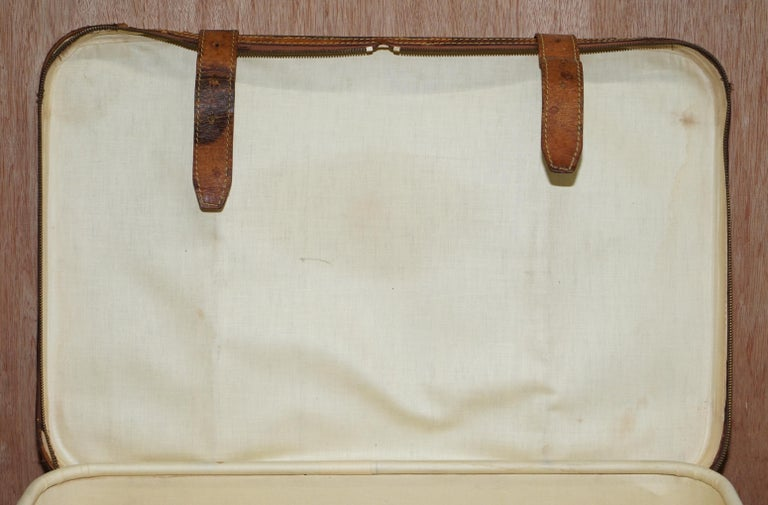 1 of 2 Vintage Brown Leather Louis Vuitton Strapped Bronze Monogram Suitcases For Sale 7