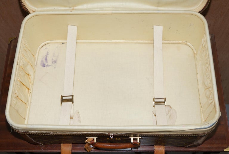 1 of 2 Vintage Brown Leather Louis Vuitton Strapped Bronze Monogram Suitcases For Sale 8