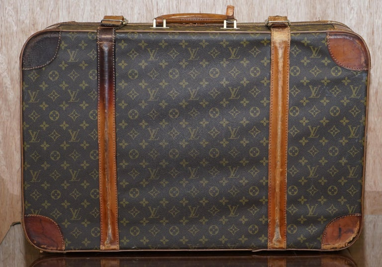 1 of 2 Vintage Brown Leather Louis Vuitton Strapped Bronze Monogram Suitcases For Sale 9