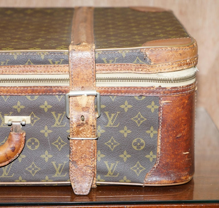 French 1 of 2 Vintage Brown Leather Louis Vuitton Strapped Bronze Monogram Suitcases For Sale