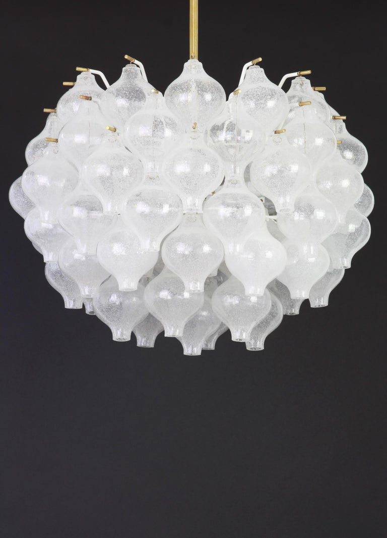 Mid-Century Modern 1 of 5 Large Tulipan Glass Chandelier by Kalmar, Austria, 1960s For Sale