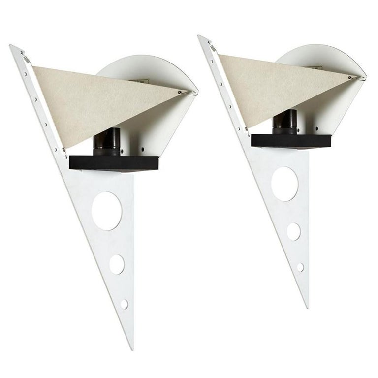 1 of the 5 Pairs Postmodern Filicudara Sconce by S. Lombardi for Artemide, 1980 In Good Condition For Sale In Rijssen, NL