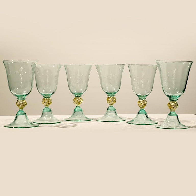 1 of the 6 Murano Venetian Crystal Signoretto Wine Glasses In Excellent Condition For Sale In Rijssen, NL