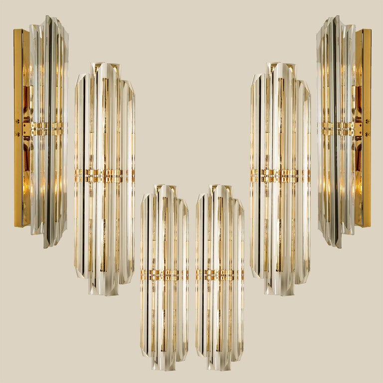 1 of the 6 large Murano wall sconces each wall sconce is featuring four crystal clear glass