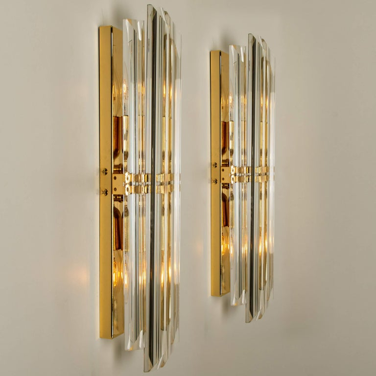Plated 1 of the 6 Venini Style Murano Glass and Gilt Brass Sconces, Italy For Sale