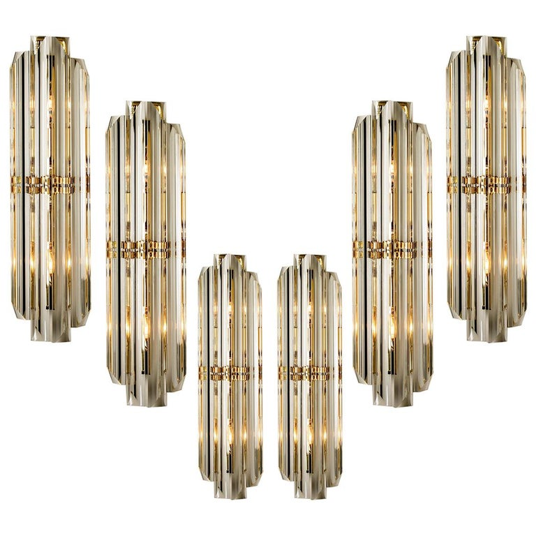 1 of the 6 Venini Style Murano Glass and Gilt Brass Sconces, Italy For Sale