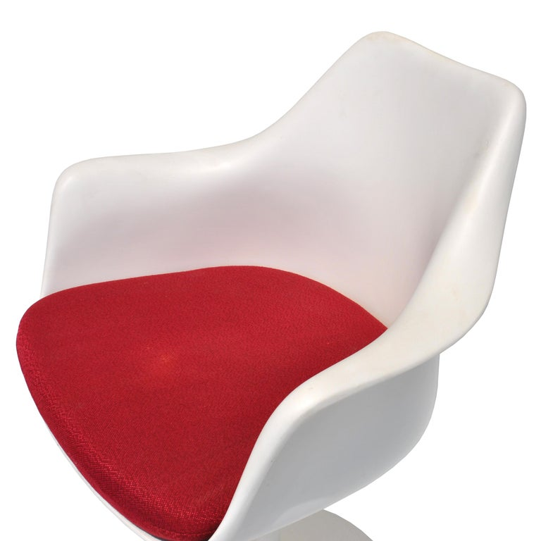 Mid-20th Century 1 Original Knoll Eero Saarinen Swivel Tulip Armchair For Sale
