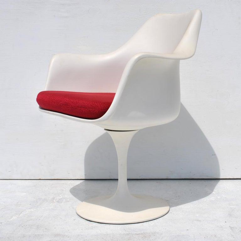Aluminum 1 Original Knoll Eero Saarinen Swivel Tulip Armchair For Sale