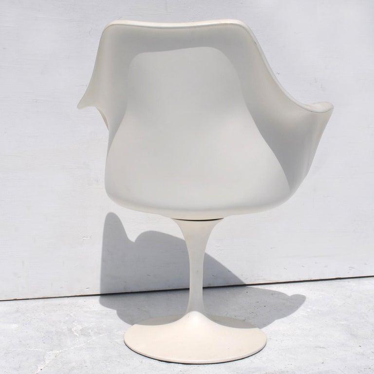 1 Original Knoll Eero Saarinen Swivel Tulip Armchair For Sale 3