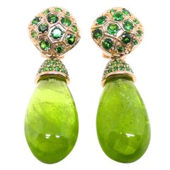 1 Pair of Earrings in 18 Karat Red Gold with 2 Peridots and Tsavorite Garnets