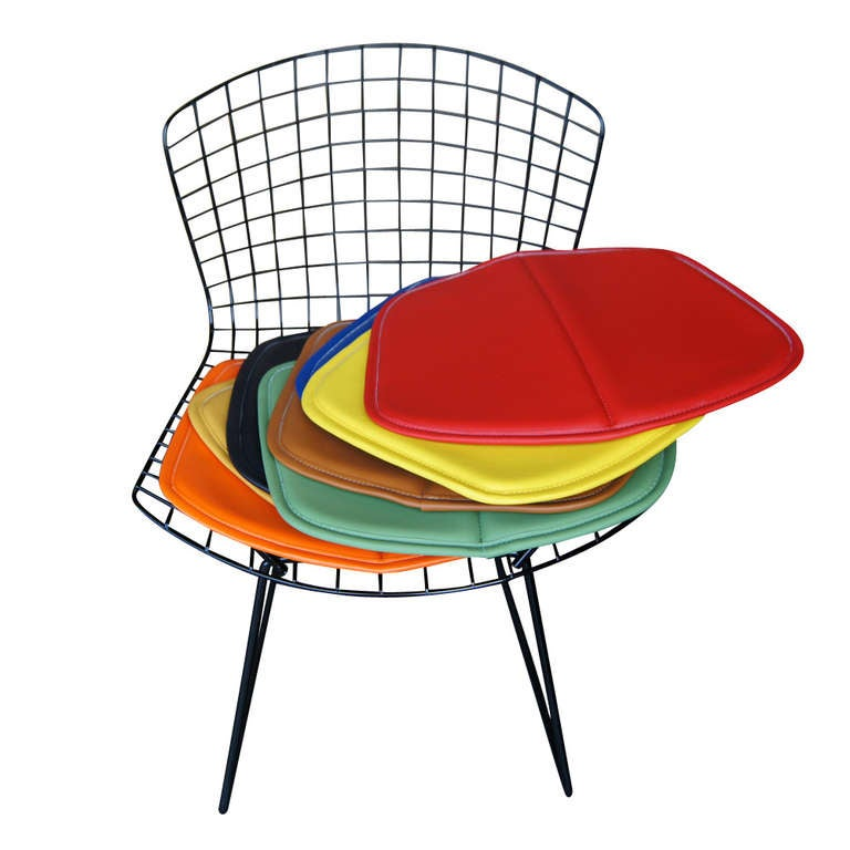 Wire 1 Vintage Harry Bertoia for Knoll Black Side Chair For Sale