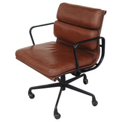 1 Vintage Herman Miller Eames Executive Soft Pad Task Chair
