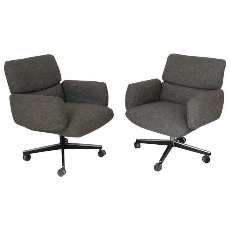 1 Vintage Knoll Zapf Vintage Executive Low Back Armchair